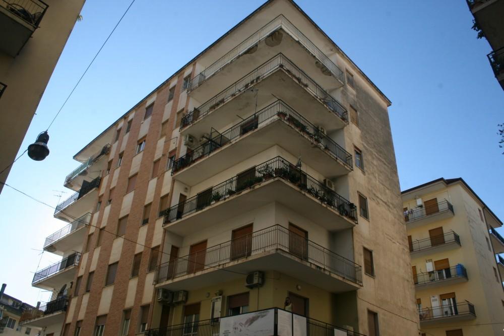 5 locali Appartamento For Vendita in Catanzaro,