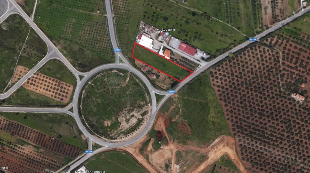 locali Terreno For Vendita in Catanzaro,  - 1
