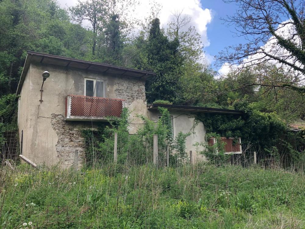 4 locali Rustici/Cascine/Case For Vendita in Catanzaro,  - 1